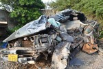Xe biển số Lào gây tai nạn trên QL1A: 2 người chết, 4 người bị thương