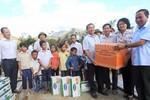 Vinamilk đem sữa đến với trẻ em vùng lũ tại Hà Tĩnh và Quảng Bình