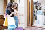 """5 thói quen khiến bạn dễ """"cháy túi"""" khi mua sắm"""