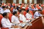 Thông cáo báo chí ngày làm việc thứ hai của Hội nghị Trung ương 7