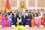 Thủ tướng gặp mặt các nhà giáo, cán bộ quản lý giáo dục tiêu biểu