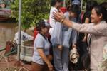 Hà Nội: Hàng trăm kg thủy sinh được thả trong mùa Vu Lan