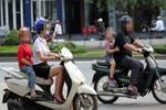 Đã có giải pháp để chị em phụ nữ ngực, mông lép được đi xe máy?!