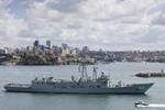Tàu quân sự nước ngoài phải tuân thủ điều kiện gì khi vào lãnh thổ VN?