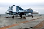 Không đào tạo được phi công, tàu sân bay Liêu Ninh chỉ là đống sắt vụn
