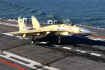 TQ muốn khoe tàu sân bay Liêu Ninh với tùy viên quân sự các nước