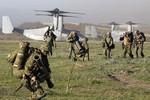 """Bộ Quốc phòng Nhật Bản muốn xây dựng """"lực lượng đoạt lại đảo nhỏ"""""""