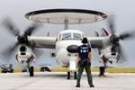 Nhật Bản quyết định tăng chi tiêu quân sự ứng phó Trung Quốc