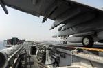So sánh tàu chiến Mỹ-Nga ở Địa Trung Hải: thực lực cách nhau quá xa