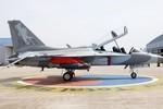 Hàn Quốc mua 14 máy bay trực thăng, bán 24 máy bay chiến đấu