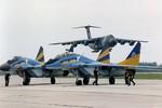 Ukraine được Mỹ-Âu hỗ trợ, có nhiều động thái quân sự mới