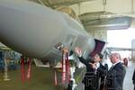 Nhật Bản mua tàu tấn công đổ bộ, F-35 không chỉ vì đảo Senkaku?