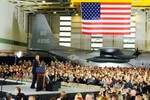 """Không quân các nước: Nga-NATO """"quần nhau"""", Lào mua máy bay Trung Quốc"""