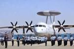 Máy bay cảnh báo sớm Trung Quốc: KJ-500 sơn màu không quân