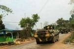 """Trung Quốc """"bày trận chờ địch"""", biên giới Trung Quốc-Myanmar căng thẳng"""