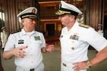 """Tư lệnh Hải quân Trung Quốc dụ Mỹ sử dụng """"cơ sở quân sự"""" ở Biển Đông"""