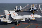 """Trung Quốc sẽ bố trí tàu sân bay ở Biển Đông, """"đe dọa các nước không thiện chí"""""""