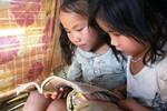 Trẻ em Mường Bám (Sơn La) mong đổi đời nhờ con chữ