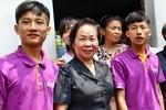 Phó Chủ tịch nước xúc động trước hoàn cảnh của Thủ khoa ĐH Y Hà Nội