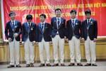 Bộ GD&ĐT tuyên dương các thủ khoa ĐH và HS đoạt giải Olympic Quốc tế