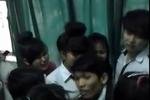 Vụ Clip thầy giáo đánh học trò: Học sinh khóc lóc giữ thầy ở lại