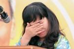 Cô giáo bật khóc trước hàng trăm học sinh khi nói về Bác Hồ