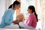 Lời khuyên lạ: Không nên trở thành bạn của con mình