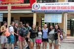 Học sinh Việt – Mỹ hỏi đáp chuyện học hành