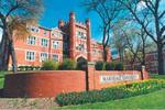 Du học Mỹ bằng học bổng từ Tập đoàn INTO