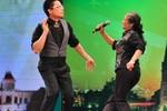 Cụ bà nhảy Gangnam Style: Đáng khen hay thảm họa?