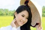 Hoa hậu Thu Thảo năm 2012: 'Gái quê' đi học và làm từ thiện