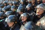 Lee Myung-bak: Cảnh sát Hàn Quốc phải chăm chỉ hơn nữa