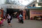 Phụ huynh trường Lâm Văn Bền bức xúc trước những khoản thu vô lý