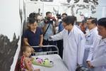 Phó Thủ tướng Vũ Đức Đam thị sát tình hình dịch bệnh tại Thành phố Hồ Chí Minh