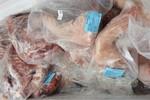 Phát hiện cơ sở kinh doanh sản phẩm động vật đã hết hạn sử dụng