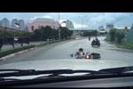 Công an đang ráo riết truy lùng hai tên cướp dưới chân cầu Sài Gòn