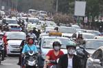 Nhiều tuyến phố ở Thủ đô Hà Nội bị kẹt cứng ngày giáp Tết