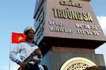 """Đó là Việt Nam - bài thơ """"sục sôi"""" tình yêu nước gửi lãnh đạo TQ"""
