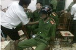 Bắt giam 6 đối tượng đã bắt trói cán bộ, công an ở Hòa Bình