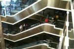 Tràng Tiền Plaza mất điện, khách nháo nhào vì kẹt trong thang máy