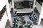 Hà Nội: Hàng loạt người dân phải nhập viện vì nắng nóng