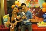 Gia đình Ốc Thanh Vân hạnh phúc mừng sinh nhật con trai 2 tuổi