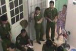 Công an giải cứu 11 cô gái bị ép kích dục cho khách hát karaoke
