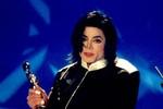 Choáng  với khoản nợ  500 triệu USD của Michael Jackson trước khi mất