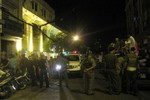 Kiểm tra 2 quán bar trá hình ở Q.1, đưa 120 người về trụ sở Công an