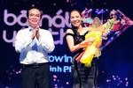 Thu Minh bỏ xa Mr. Đàm dẫn đầu bài hát yêu thích