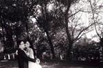 Quán quân Next Top Model 2012 kết hôn sau khi chăm người yêu bị nạn
