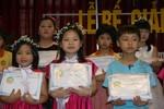 Trường Tiểu học Ngôi sao: Trao 1 tỷ đồng học bổng năm học 2012- 2013