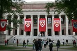 125 sinh viên ĐH Harvard gian lận thi cử