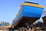 Những con tàu lớn của ngư dân miền Trung sắp ra biển Hoàng Sa